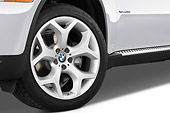 AUT 30 IZ0494 01