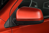 AUT 30 IZ0585 01