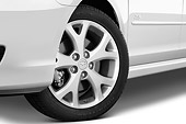 AUT 30 IZ0804 01