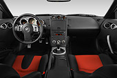 AUT 30 IZ0831 01