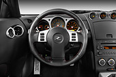 AUT 30 IZ0833 01