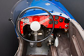 AUT 30 RK4102 01