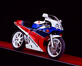 MOT 02 RK0215 01