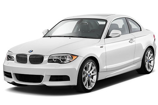AUT 01 IZ0083 01 © Kimball Stock 2013 BMW 1 Series 135 Coupe White 3/4 Front View On White Seamless