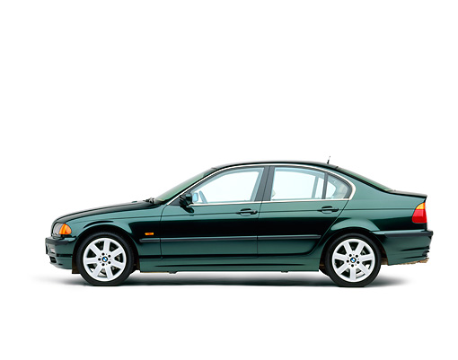 AUT 01 RK0071 01 © Kimball Stock 1999 BMW 328i Green Profile View On White Seamless Studio