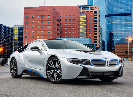 AUT 01 RK0364 01 © Kimball Stock 2015 BMW i8 Hybrid Silver 3/4 Front View By Buildings