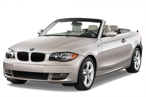 AUT 01 IZ0001 01 © Kimball Stock 2011 BMW 135i Convertible Silver 3/4 Front View Studio