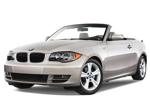 AUT 01 IZ0003 01 © Kimball Stock 2011 BMW 135i Convertible Silver 3/4 Front View Studio
