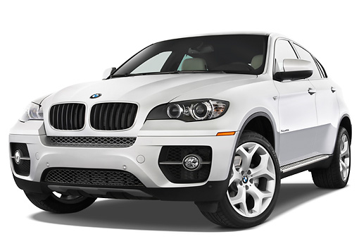 AUT 01 IZ0015 01 © Kimball Stock 2011 BMW X6 Sports Activity Vehicle Silver 3/4 Front View Studio
