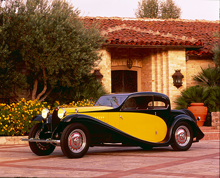 AUT 02 RK0022 01 © Kimball Stock Bugatti Type 50T Black And Yellow 3/4 Side View By House