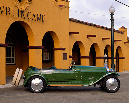AUT 02 RK0036 02 © Kimball Stock 1926 Bugatti Type 38 Torpedo Tourer Green Profile On Pavement By Building