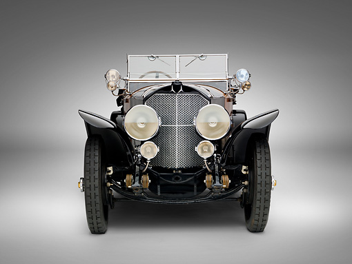AUT 05 RK0653 01 © Kimball Stock 1924 Mercedes 28/95 Tourer Black Head On View On White Seamless