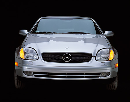 AUT 05 RK0056 03 © Kimball Stock 1998 Mercedes-Benz SLK Kompressor Silver Head On Shot Studio