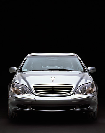 AUT 05 RK0167 05 © Kimball Stock 2000 Mercedes-Benz S430 Sedan Silver Head On Shot Studio