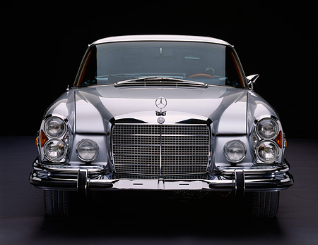 AUT 05 RK0209 02 © Kimball Stock 1971 Mercedes 280 SE Coupe Silver Head On Shot Studio
