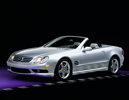 AUT 05 RK0285 05 © Kimball Stock 2003 Mercedes SL55 AMG Roadster Silver 3/4 Front View On Purple Floor Checkered Line Studio