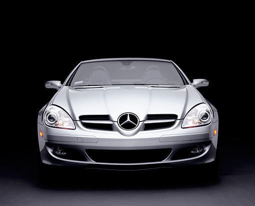 AUT 05 RK0394 03 © Kimball Stock 2005 Mercedes-Benz SLK350 Convertible Silver Head On Shot Studio