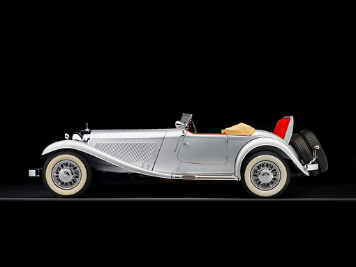 AUT 05 RK0532 01 © Kimball Stock 1934 Mercedes-Benz 380K Convertible Silver Profile View Studio