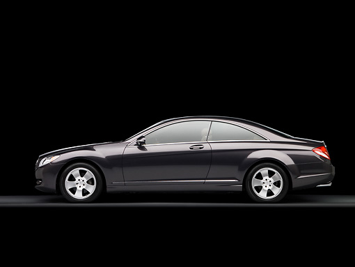 AUT 05 RK0541 01 © Kimball Stock 2007 Mercedes Benz CL550 Black Profile View Studio