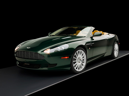 AUT 06 RK0092 01 © Kimball Stock 2006 Aston Martin DB9 Volante Convertible Gillies Green 3/4 Front View