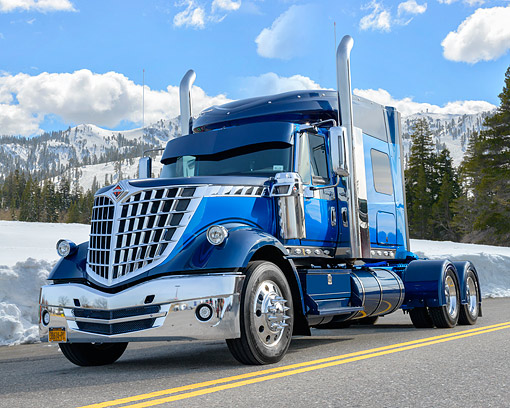 AUT 07 BK0033 01 © Kimball Stock 2014 International Lone Star Blue 3/4 Front View By Mountains