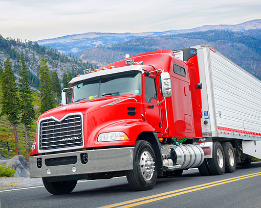 AUT 07 BK0056 01 © Kimball Stock 2016 Mack Pinnacle CXU613 Red 3/4 Front View By Mountains