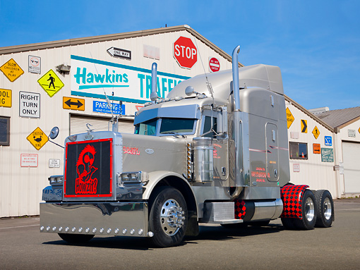 AUT 07 RK0125 01 © Kimball Stock 2006 Peterbilt 379 Semi Metallic Sand 3/4 Front View On Pavement By Traffic Sign Store