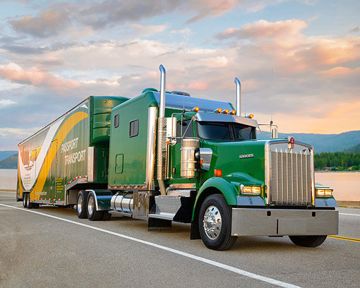 AUT 07 RK0497 01 © Kimball Stock 2014 Kenworth W900 Green 3/4 Front View On Road By Lake