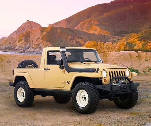 AUT 09 RK1136 01 © Kimball Stock 2009 Jeep JT Concept Beige 3/4 Front View On Beach