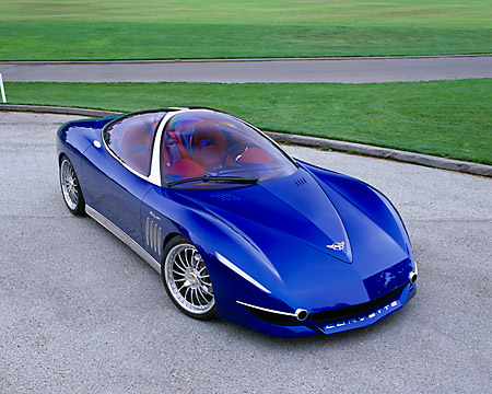 AUT 09 RK0628 04 © Kimball Stock 2003 Chevrolet Moray Italdesign Giugiaro Roadster Blue 3/4 Front View On Pavement