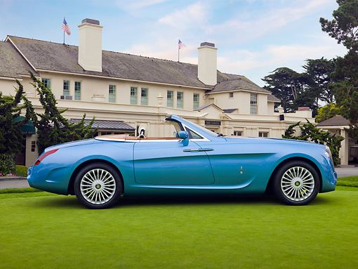 AUT 09 RK1062 01 © Kimball Stock Rolls-Royce Hyperion By Pininfarina Concept Car Blue On Lawn By Mansion Profile