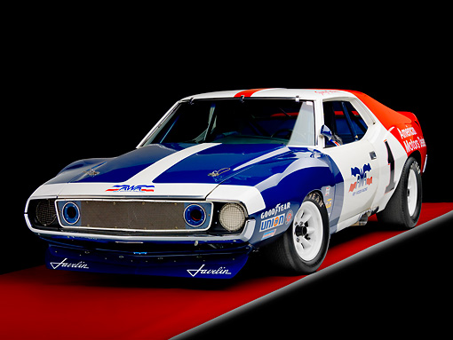 AUT 13 RK0277 01 © Kimball Stock 1972 AMC Javelin Race Car Red White And Blue 3/4 Front View Studio