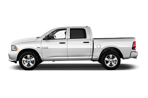 AUT 14 IZ0220 01 © Kimball Stock 2015 Ram 1500 Express Crew Cab 4-Door Truck Profile View In Studio