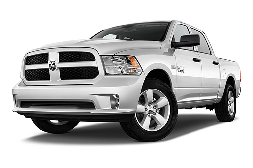 AUT 14 IZ0221 01 © Kimball Stock 2015 Ram 1500 Express Crew Cab 4-Door Truck Low 3/4 Front View In Studio