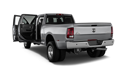 AUT 14 IZ0252 01 © Kimball Stock 2015 Ram 3500 Big Horn Lone Star Crew Cab SWB 4-Door Truck 3/4 Rear View In Studio