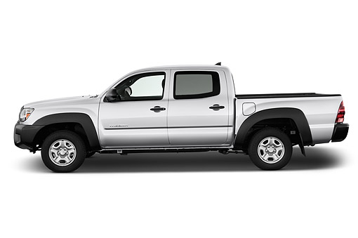 AUT 14 IZ0276 01 © Kimball Stock 2015 Toyota Tacoma Doublecab AT 4-Door Truck Profile View In Studio