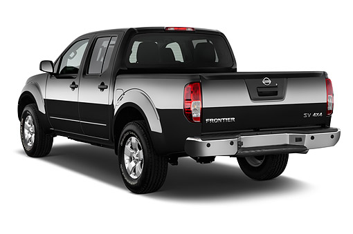 AUT 14 IZ2030 01 © Kimball Stock 2015 Nissan Frontier 4.0 SV Crew Cab 4x4 AT SWB 4-Door Truck 3/4 Rear View In Studio