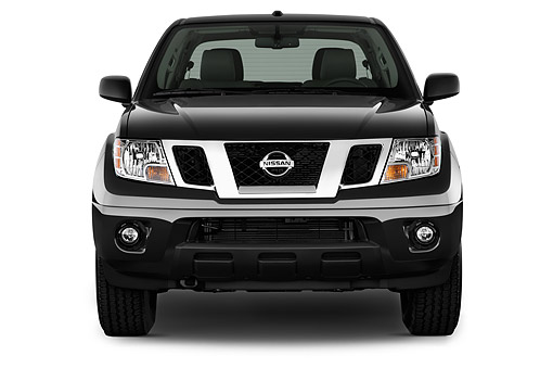 AUT 14 IZ2032 01 © Kimball Stock 2015 Nissan Frontier 4.0 SV Crew Cab 4x4 AT SWB 4-Door Truck Front View In Studio