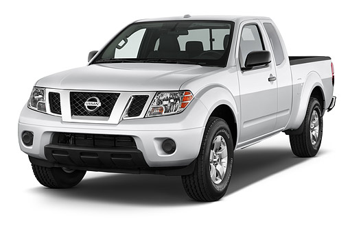AUT 14 IZ2036 01 © Kimball Stock 2014 Nissan Frontier 4.0 SV King Cab 4x4 AT SWB 2-Door Truck 3/4 Front View In Studio