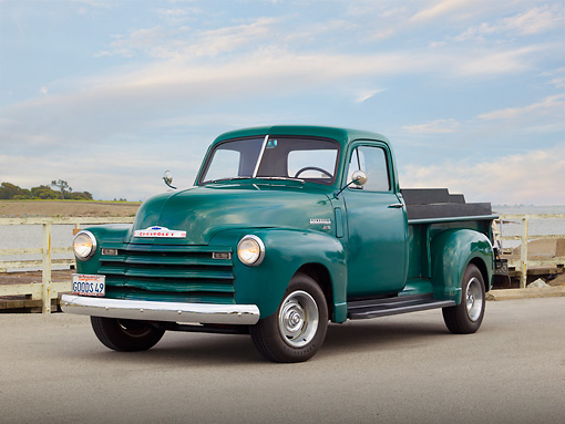 AUT 14 RK1692 01 © Kimball Stock 1949 Chevrolet 3/4 Ton Green 3/4 Front View On Pavement