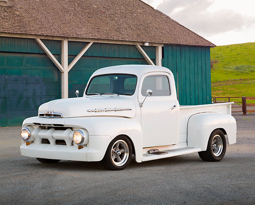 AUT 14 RK1798 01 © Kimball Stock 1951 Ford F-1 White Pearl 3/4 Side View On Pavement By Blue Barn