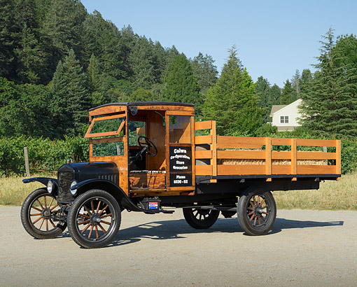 AUT 14 RK1838 01 © Kimball Stock 1919 Ford TT Black With Hay 3/4 Front View On Pavement By Trees