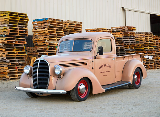 AUT 14 RK1845 01 © Kimball Stock 1938 Ford Pickup Beige 3/4 Front View On Gravel By Wooden Crates