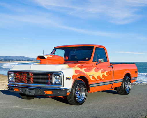 AUT 14 RK1948 01 © Kimball Stock 1971 Chevrolet C-10 Custom Pickup With Flames 3/4 Front View By Beach