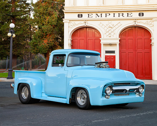 AUT 14 RK1973 01 © Kimball Stock 1956 Ford F-100 Customized Blue 3/4 Front View By Building