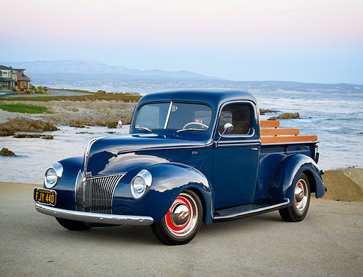 AUT 14 RK1993 01 © Kimball Stock 1940 Ford Pickup Blue 3/4 Front View By Beach