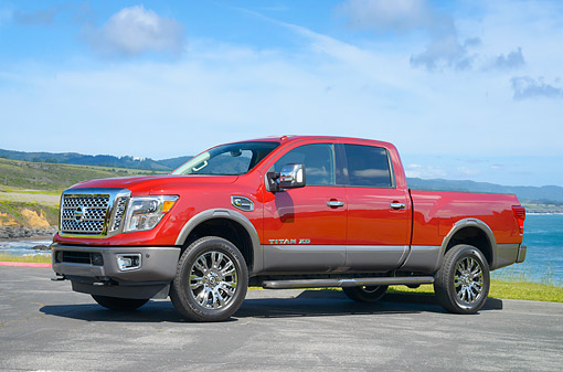 AUT 14 RK2010 01 © Kimball Stock 2016 Nissan Titan XD Red 3/4 Front View By Ocean