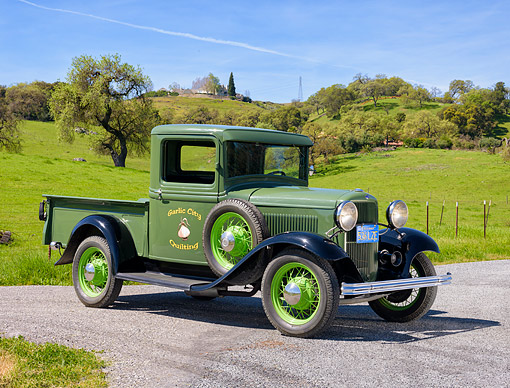 AUT 14 RK2063 01 © Kimball Stock 1932 Ford Model A Pickup Pea Green 3/4 Front View By Grassy Hills