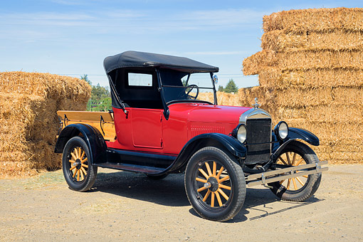 AUT 14 RK2069 01 © Kimball Stock 1926 Ford Model T Pickup Red 3/4 Front View Hay Bales