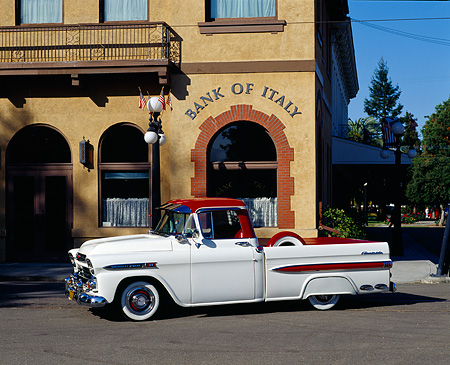 AUT 14 RK0110 02 © Kimball Stock 1959 Chevrolet Apache Fleetside Pickup Truck 3/4 Side View By Building